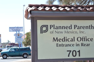 Photo by Elise Kaplan—Planned Parenthood and Project Defending Life are neighbors.
